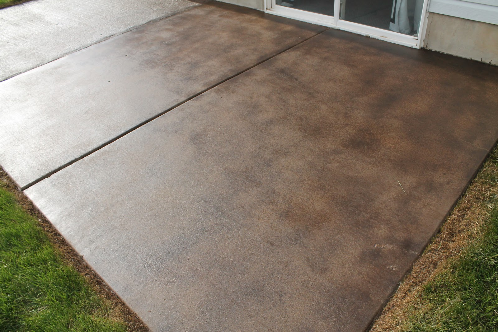 Image of: Stained Concrete Patio Ideas DIY