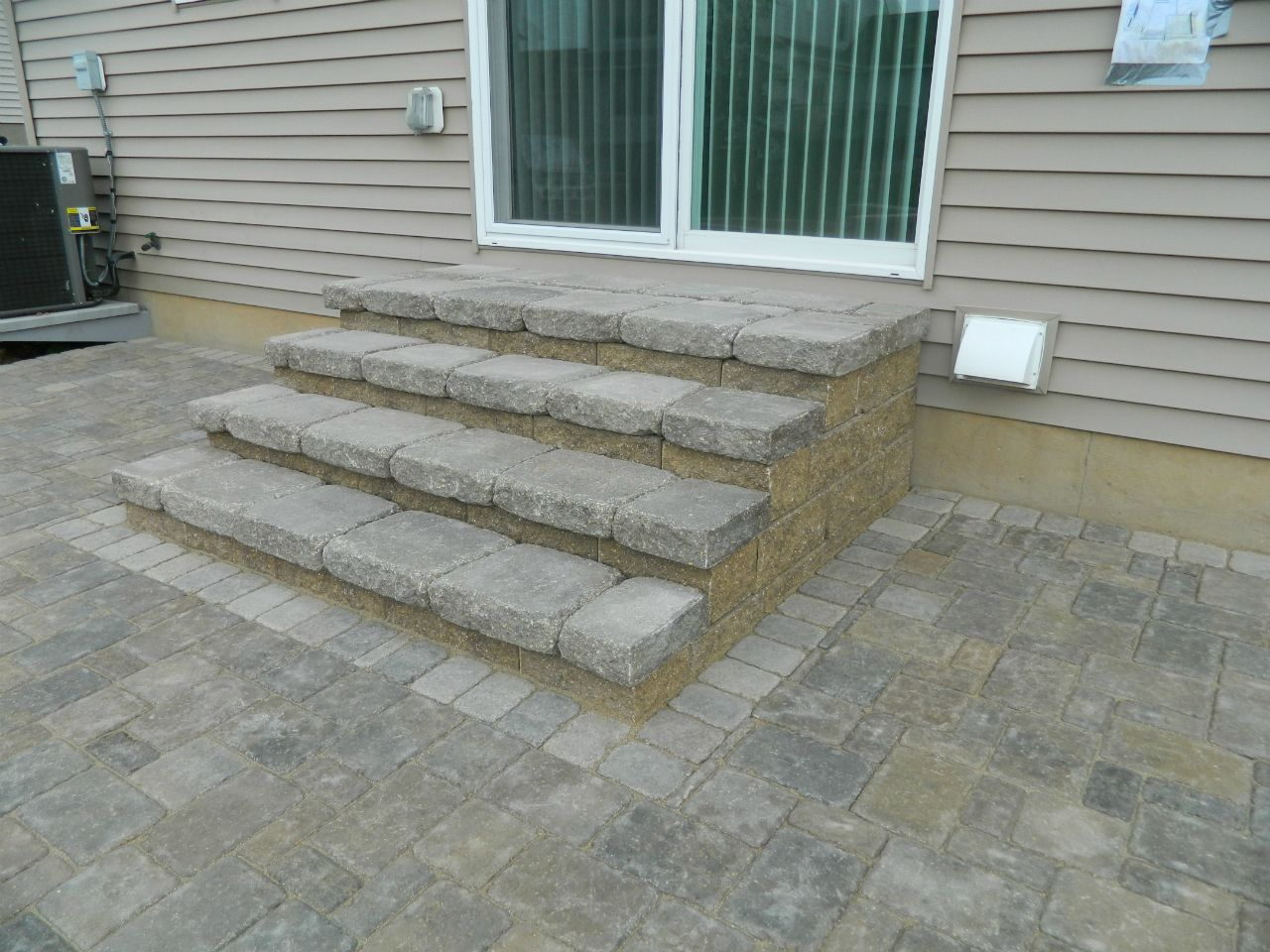 Image of: Stair Patio Paver Design Ideas