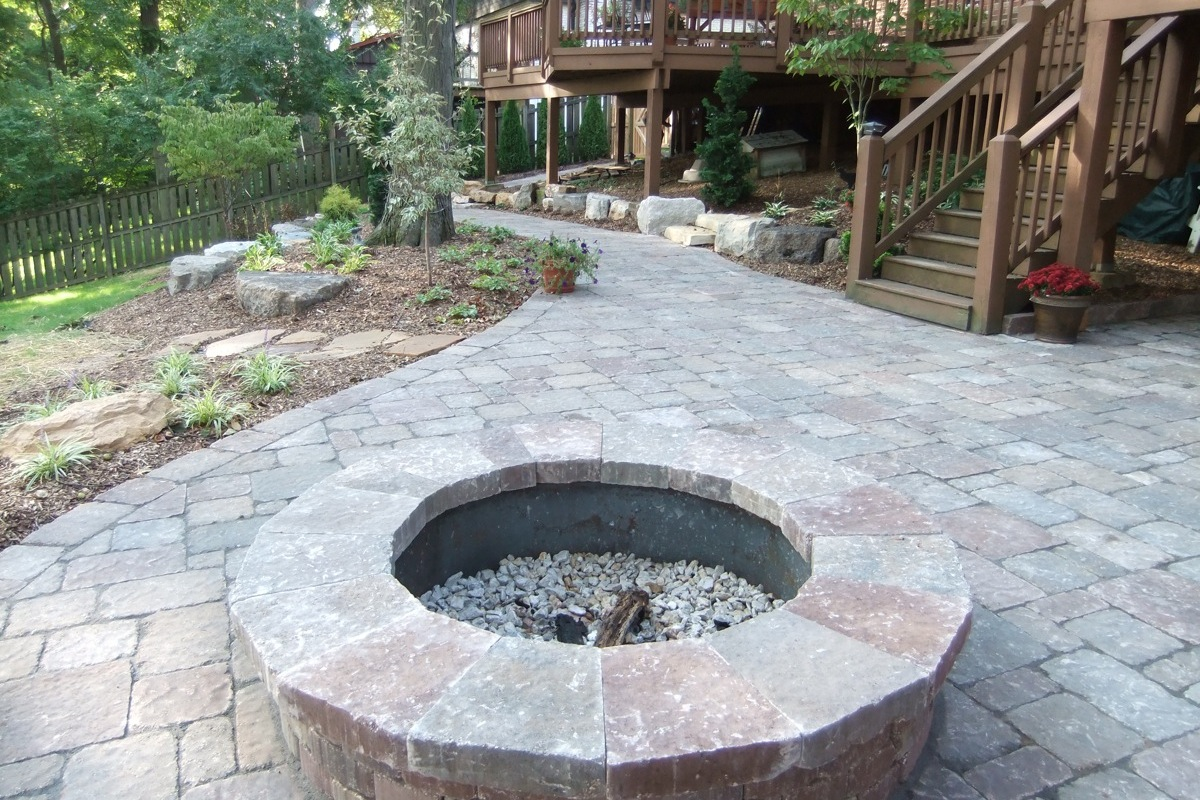 Image of: Stones Patio And Firepit Ideas