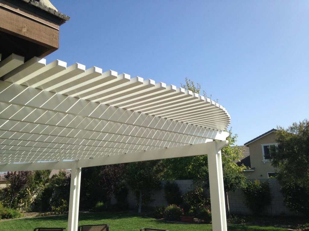 Image of: Stylish Latice Patio Cover