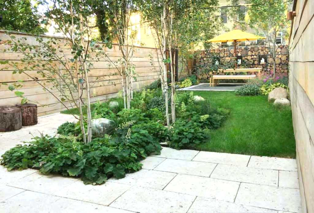 Image of: Townhouse Patio Ideas Beach