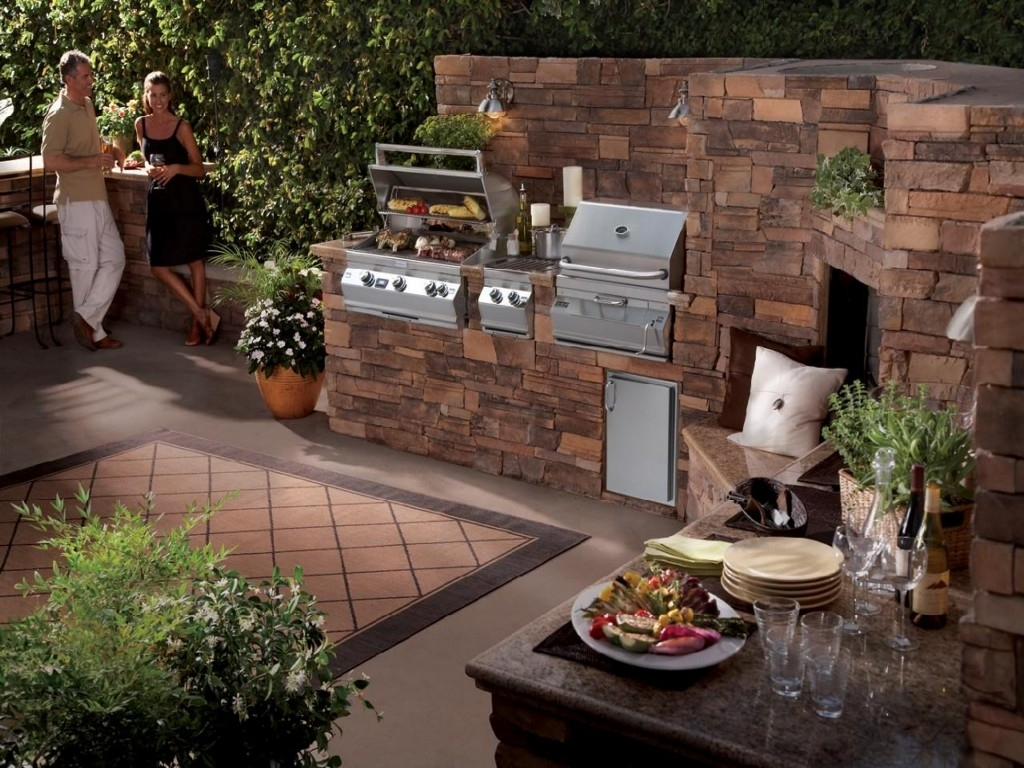 Image of: Attached Homes Patio Bbq Ideas