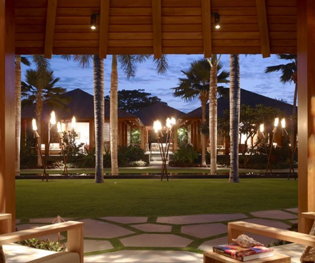 Image of: Awesome Covered Patio Lighting Ideas
