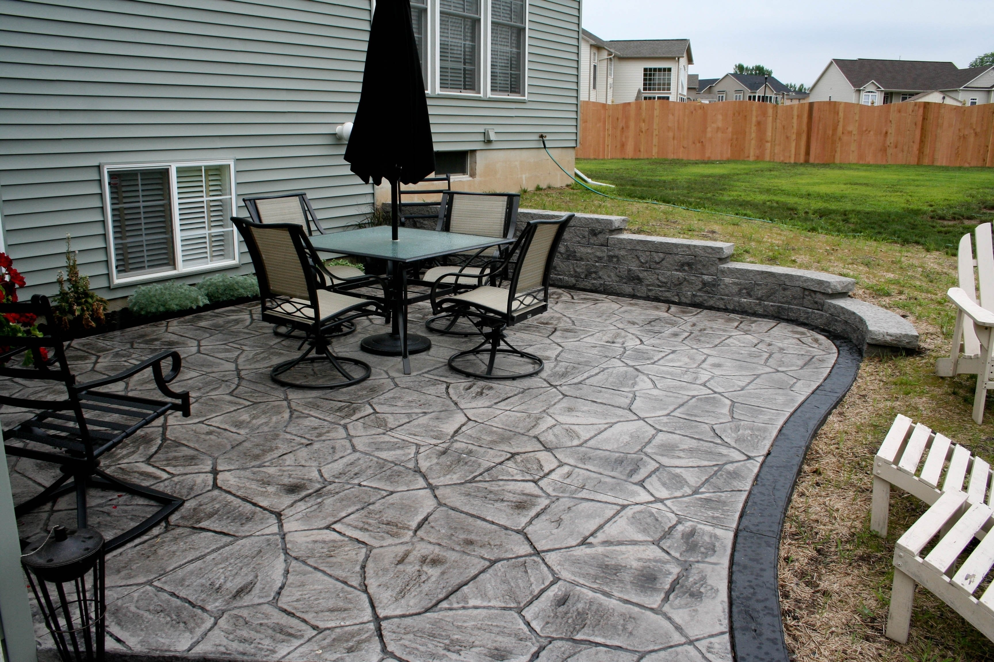 Image of: Backyard Stamped Concrete Patio Ideas