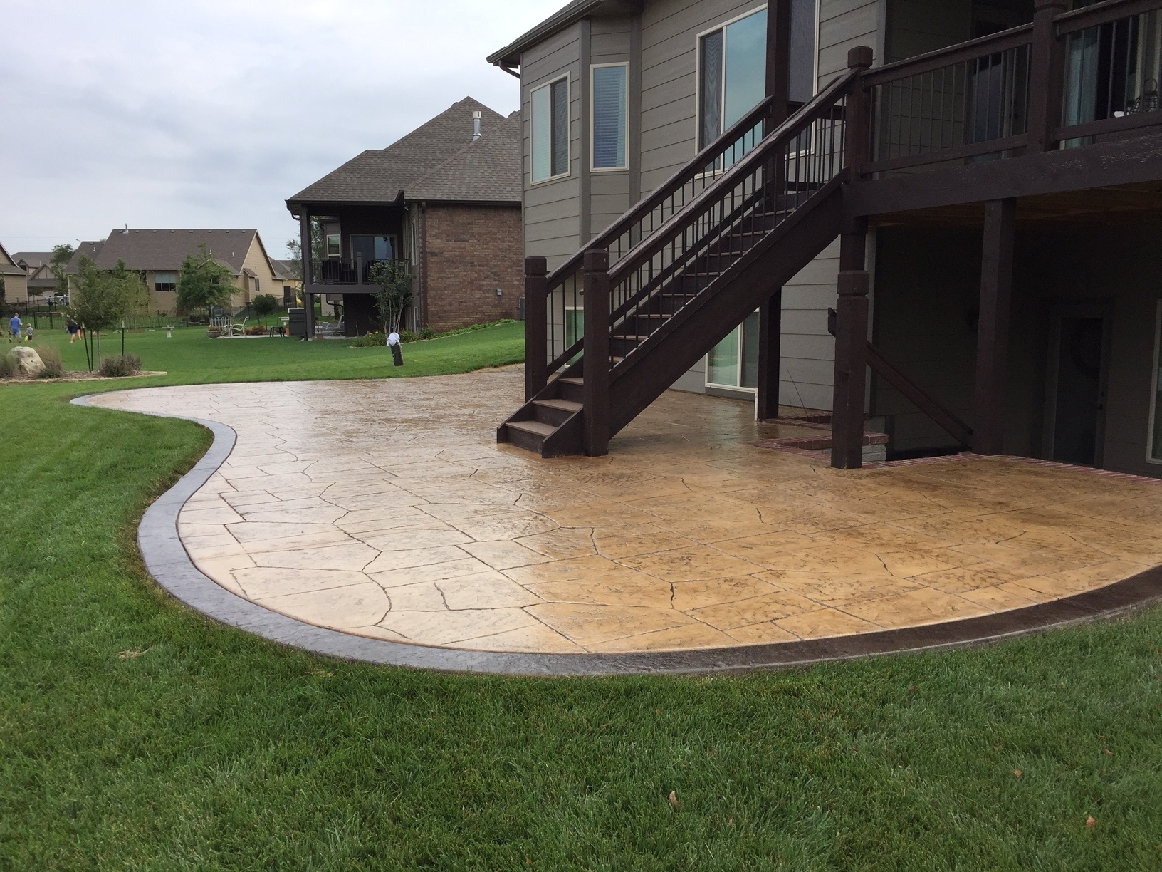 Image of: Fresh Backyard Stamped Concrete Patio Ideas