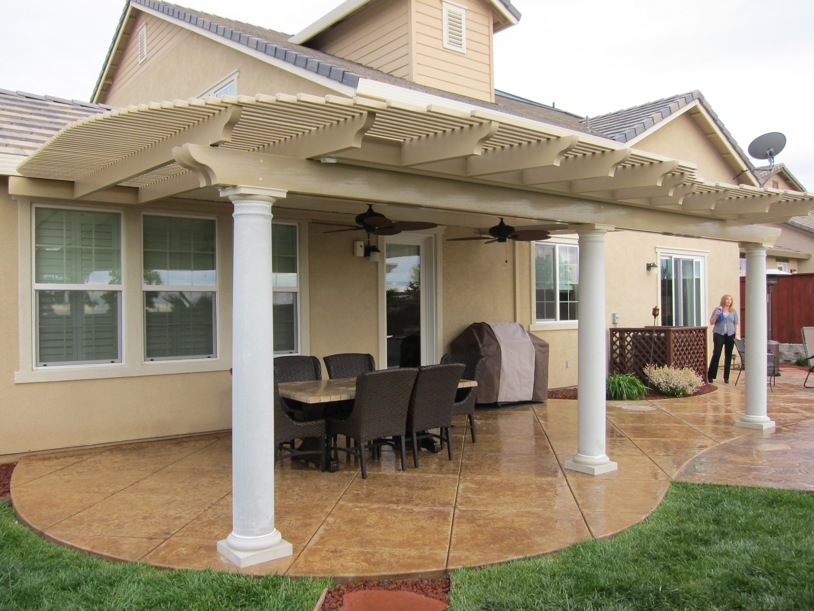 Image of: Lovely Latice Patio Cover