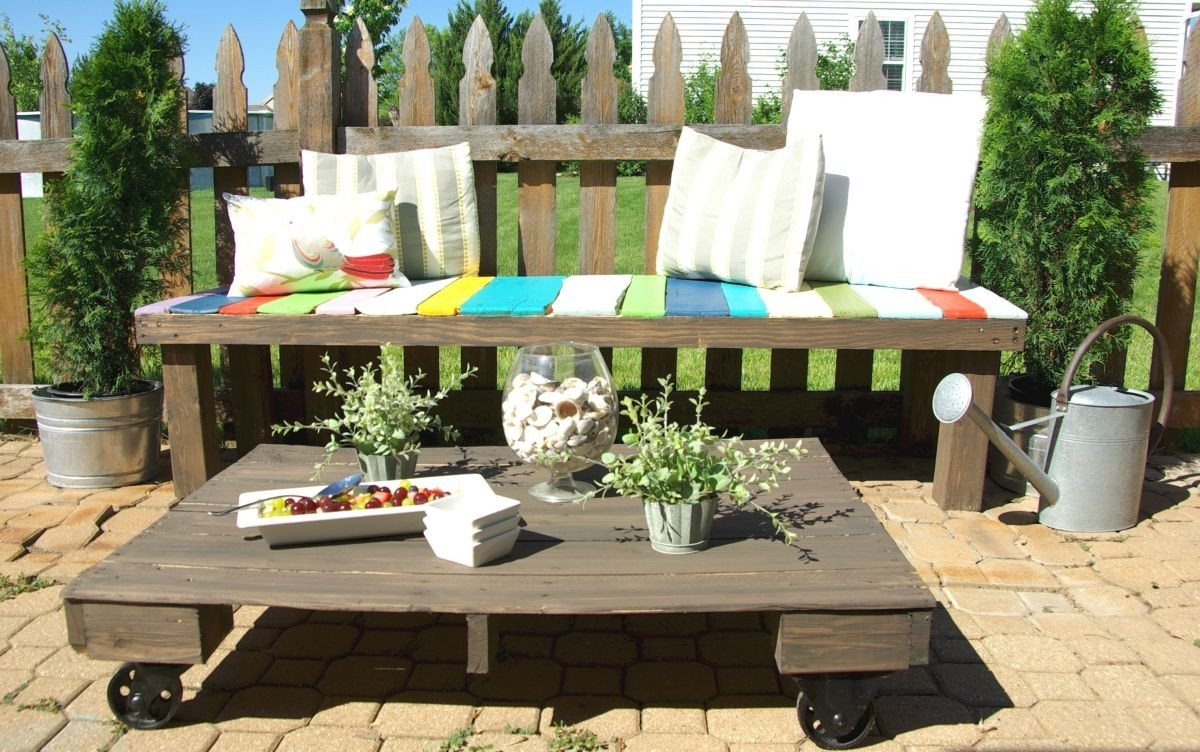Image of: Pallet Furniture Ideas For Patio Furniture