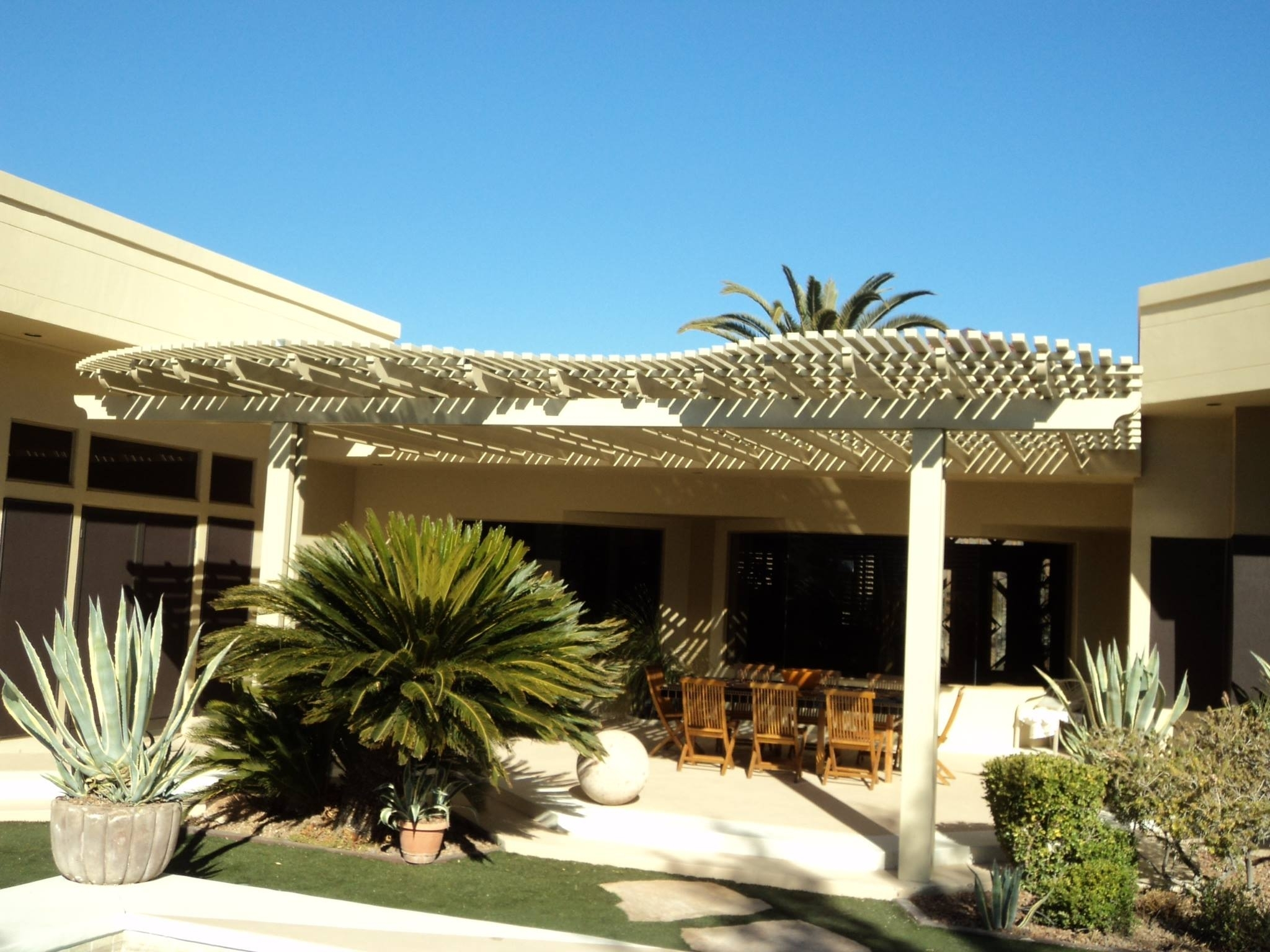 Image of: Perfect Latice Patio Cover