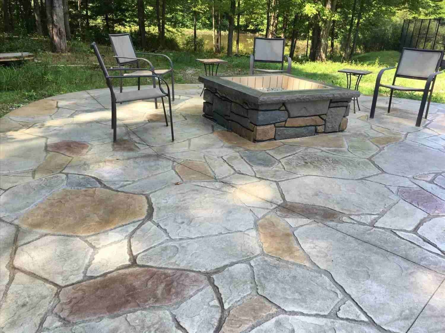 Image of: Simple Backyard Stamped Concrete Patio Ideas